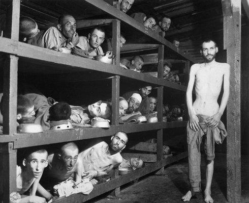 3-buchenwald_slave_laborers_liberation_r3259_res.jpg