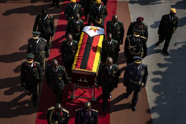 Exprezident bude pochovaný zhruba o mesiac, aby mohli byť jeho pozostatky uložené do nového mauzólea.