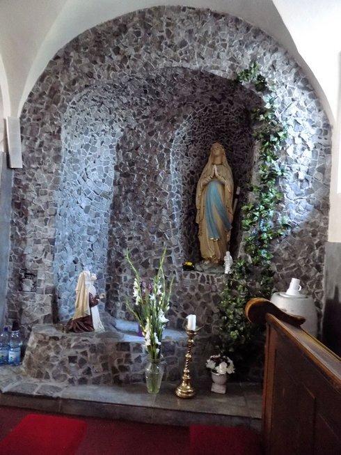frantiskansky-kostol-nove-zamky_r6073_res.jpg