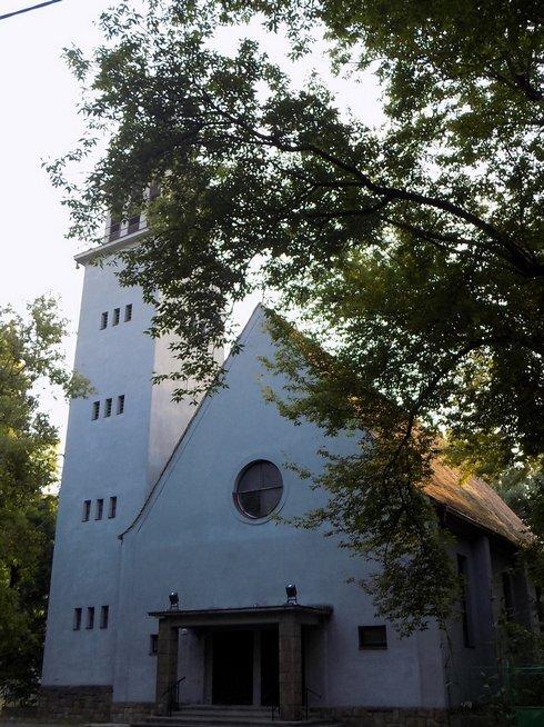 kostol-reformovanej-cirkvi_r1274_res.jpg