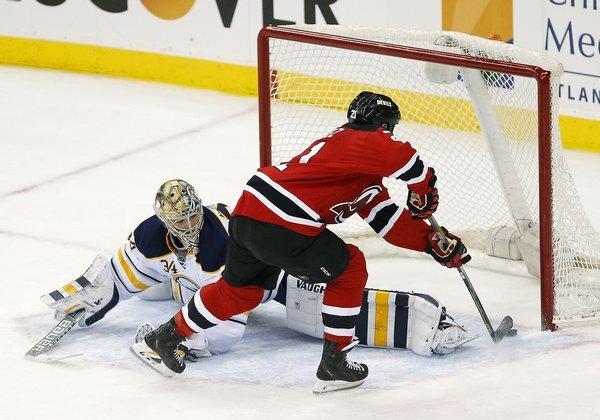 sabres_devils_hockey-a5cc5d0132054171846_r1325_res.jpeg