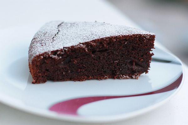 cviklovo-cokoladovy-kolac.jpg
