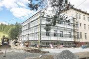 Prístavbu ku gynekologicko-pôrodníckemu oddeleniu by mala firma dorobiť do polovice októbra.
