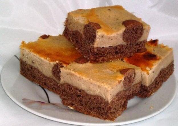 Tvarohovo-gaštanový koláčik