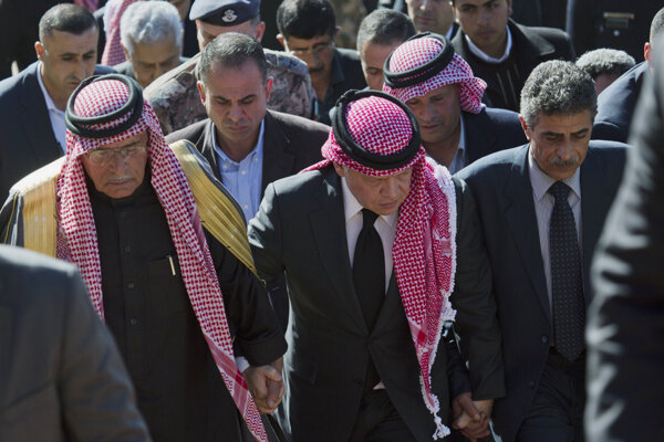 Jordánsky kráľ Abdalláh II. (v strede).