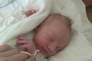 Matej Kusenda sa narodil 8. augusta Dominike a Samuelovi z Nového Mesta nad Váhom.