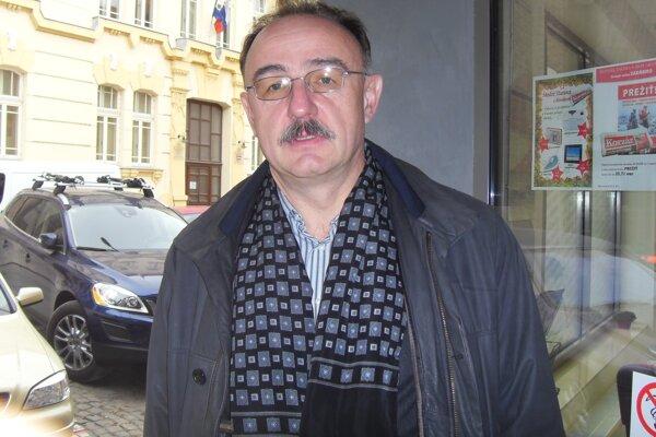 Peter Janus.