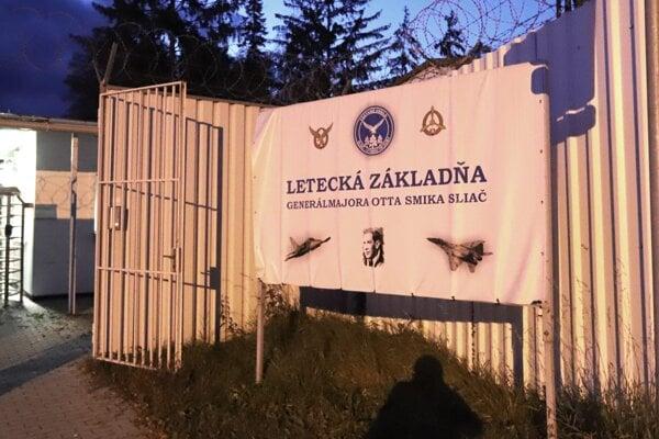 Brána Leteckej základne na Sliači.