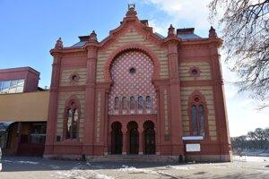 Židovská synagóga dnes slúži ako koncertná sieň.