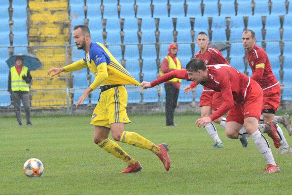 Diváci boli v zápase Košíc s Púchovom svedkami hustého lejaku, gólu však nie.