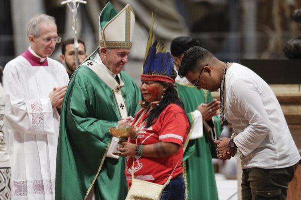Pápež prijal aj zástupcov domorodých kmeňov.