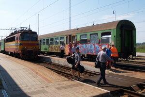 Železničná stanica v Senici