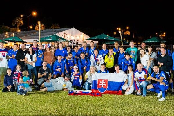 Slovenskí reprezentanti v malom futbale mali aj priamo v Austrálii podporu fanúšikov.