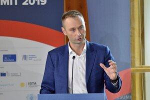 Prezident a zakladateľ konferencie Globsec Róbert Vass počas 8. ročníka medzinárodnej konferencie o najnaliehavejších ekonomických otázkach Európy s názvom Globsec Tatra Summit 2019 vo Vysokých Tatrách