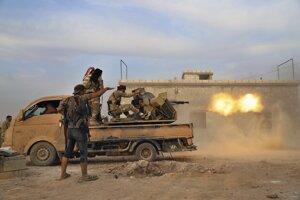 Tureckom podporované jednotky v Sýrii útočia na Kurdov.