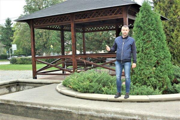 So zámerom skultivovať túto lokalitu oslovil Útvar hlavného architekta mesta Martin poslanec Peter Buocik.