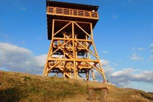 Vyhliadková veža v Lipanoch.
