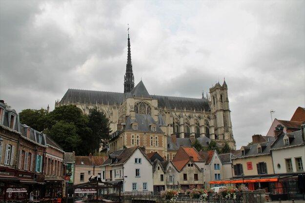 Mesto Amiens