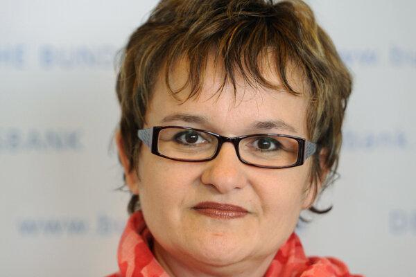 Sabine Lautenschlägerová rezignovala na svoj post po tom, ako kritizovala nedávne uvoľnenie menovej politiky.