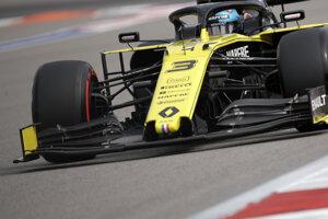 Daniel Ricciardo v monoposte Renaultu.