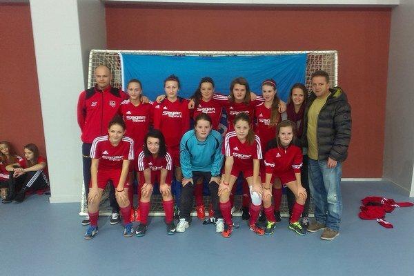 Dievčatá z Trenčianskych Teplíc patria medzi najlepšie na Slovensku.
