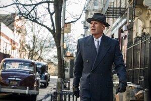 Bruce Willis v jednej z hlavných úloh filmu Sirota Brooklyn.