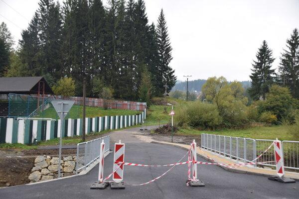 Most zabezpečí prepojenie obce susadlosťami, ako aj pútnickým miestom Živčáková.