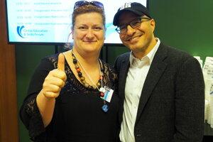 Zuzana Tkáčová s Hadim Partovihom, zakladateľom portálu Code.org, o kreativite v digitálnom veku.