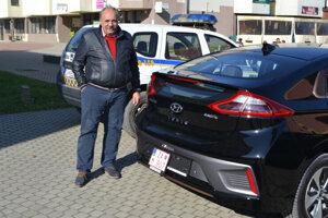 Krásno chce ísť príkladom, mesto bude používať elektromobil.