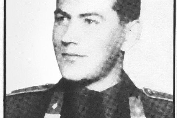 Anton Mačuga.