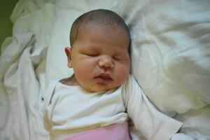 Michaela Došeková (4130 g, 52 cm) sa narodila 4. novembra Nikolete a Jozefovi z Červeného Kameňa.