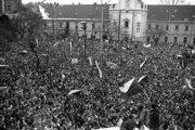 Generálny štrajk v Bratislave 27. novembra 1989.