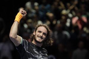 Stefanos Tsitsipas po triumfe nad Rogerom Federerom na turnaji majstrov v Londýne 2019.