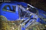Zdemolované auto po nehode v Michalovciach.