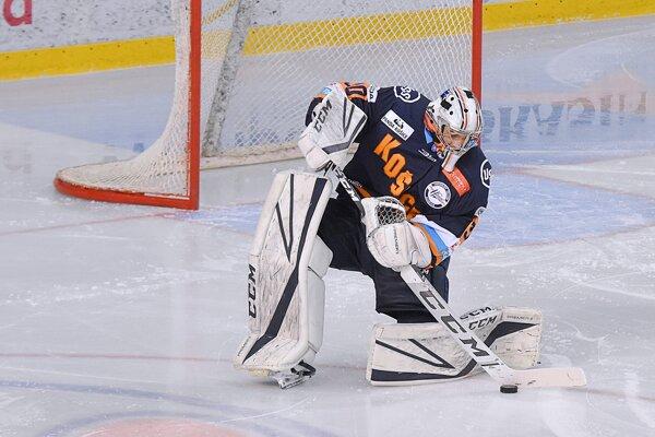 Stanislav Škorvánek odchytal v aktuálnej sezóne za oceliarov len tri zápasy.