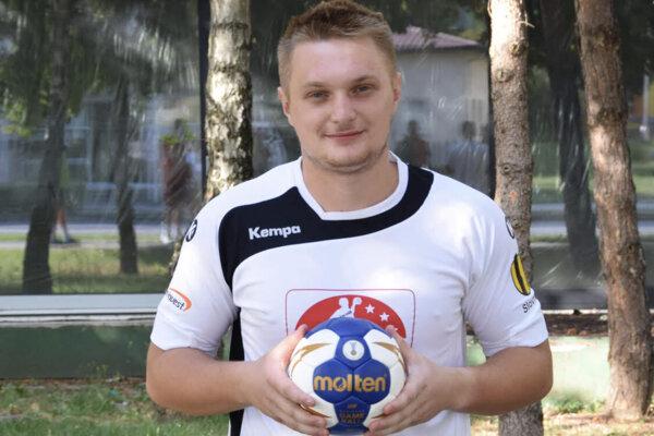Topoľčiansky hádzanár Peter Valko.