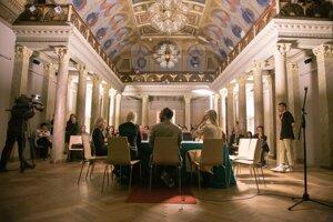 Vyhlásenie výsledkov prebehne vo Východoslovenskej galérii. Výstava finalistov pre divákov tu bude dostupná do marca.