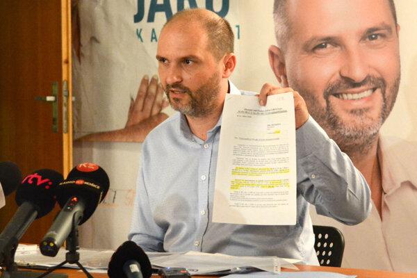 Polaček naznačuje, že ide o aktivitu bývalých radných. Autor petície kontruje: Som iba sklamaný volič.