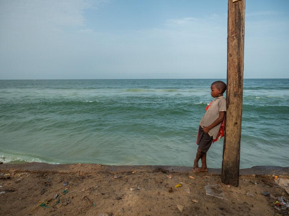 Pobrežné komunity, ktoré ohrozuje voda, žijú po celom svete.