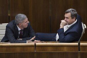 Podpredseda parlamentuBéla Bugár (Most-Híd) a predseda NR SR Andrej Danko (SNS).