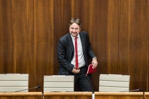 Ľuboš Blaha v parlamente.