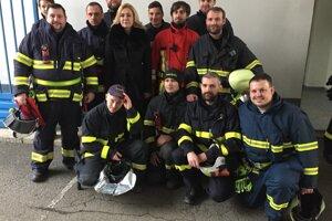 Ministerka Saková s dobrovoľnými hasičmi v Prešove.