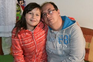 Ján Horniak s dcérkou Diankou.