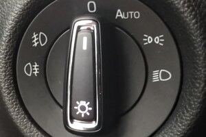 Prepínač svetiel na polohe 0 znamená, že svetlá sú vypnuté