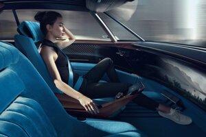 Koncept Peugeot e-Legend môžete, ale nemusíte šoférovať a aj tak vás dovezie do cieľa.