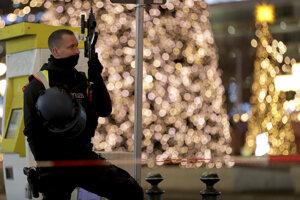 Polícia evakuovala vianočný trh.