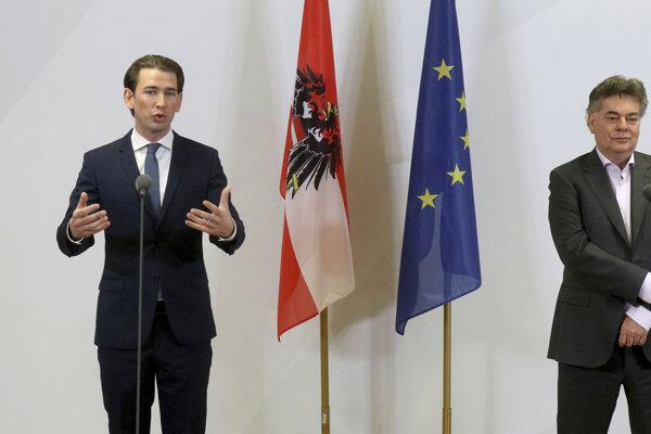 Predseda Rakúskej ľudovej strany Sebastian Kurz a líder Zelených Werner Kogler.