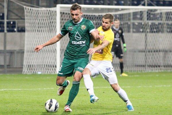Dominik Kunca (vpravo) vo farbách Lublinu. V jeseni zaň odohral všetky zápasy.