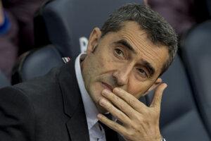 Bývalý tréner FC Barcelona Ernesto Valverde.