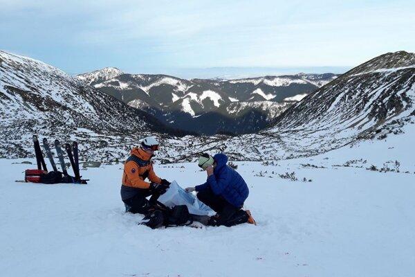 Záchrana mladého poľského snowboardistu v Roháčoch.